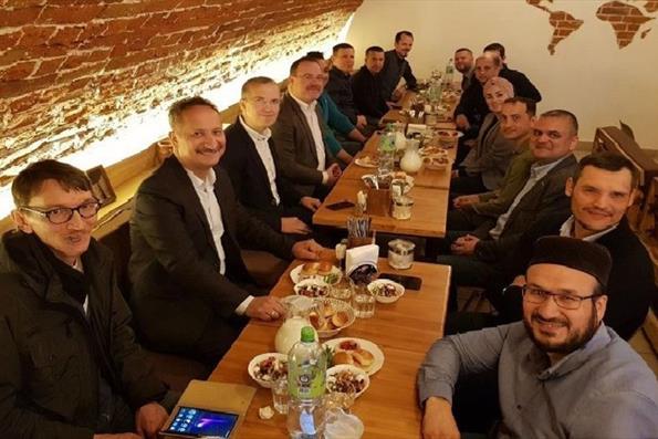 Tataristanlı Türkiye Mezunları İftar Programında Bir Araya Geldi