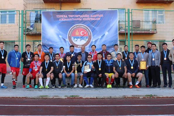 Moğolistan'da Türkiye Mezunları Futbol Turnuvası Gerçekleştirildi