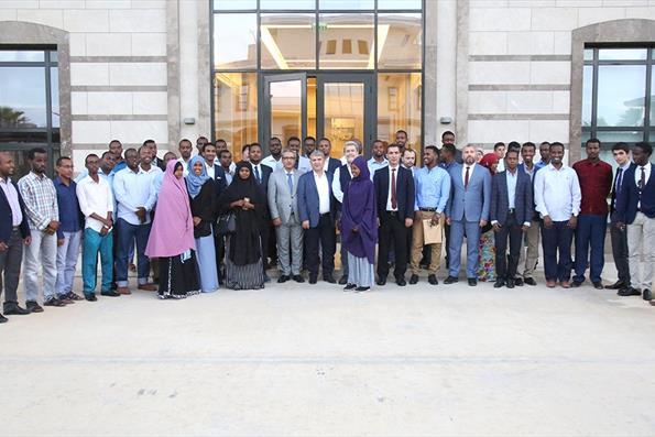 Türkiye Mezunları Somali'de Buluştu