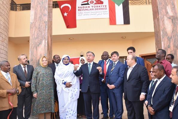 Sudan Türkiye Mezunları Derneği Hartum'da Açıldı